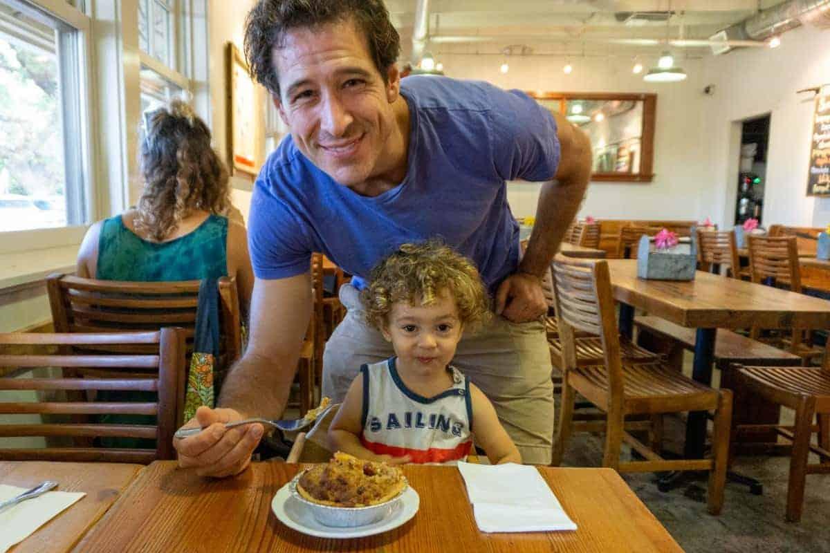 Things to do Kids Maui Leoda's Pie Shop