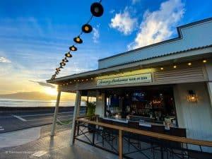 happy hour lahaina Marlin Bar best cocktail