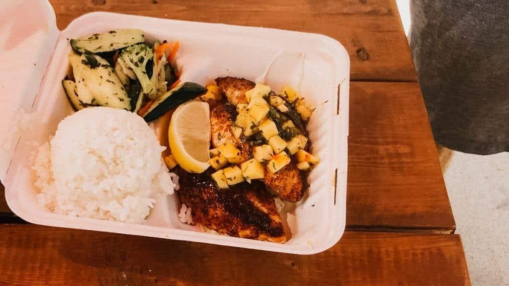maui food truck plate example Mahi Mahi