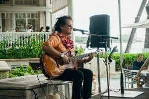 Moana Surfrider Hotel Singer