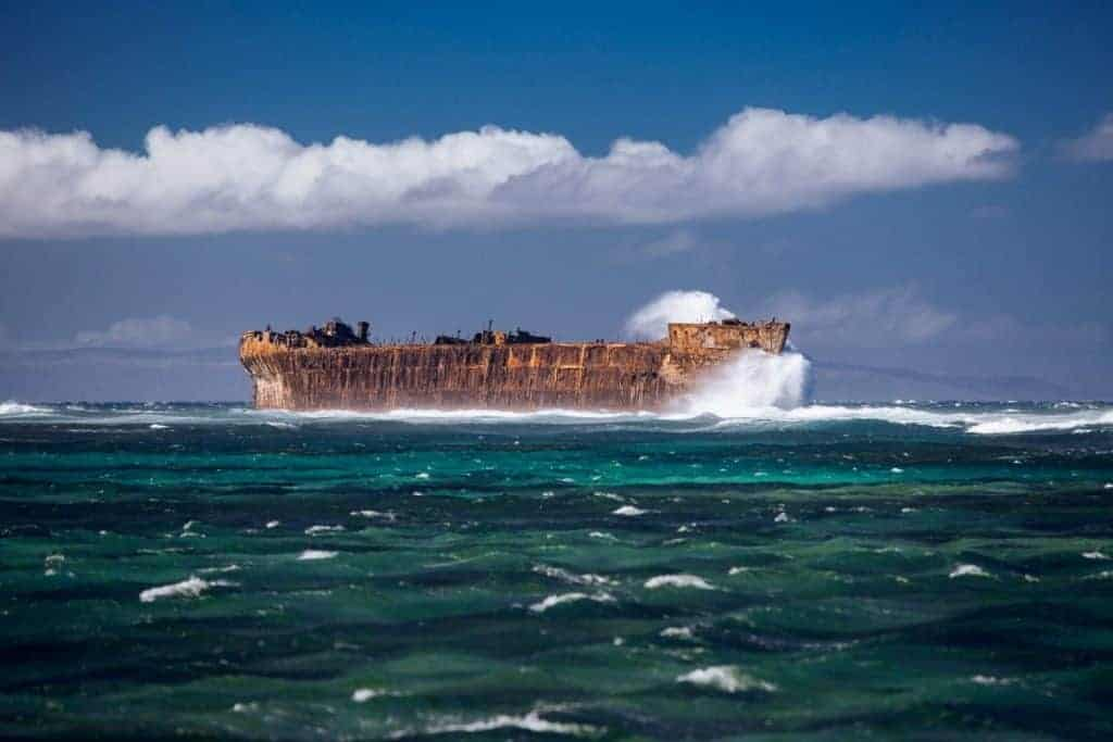 Lanai-shipwreck-beach-snorkeling
