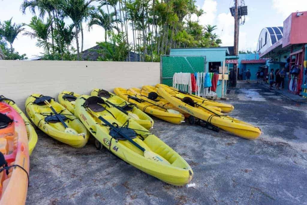 ocean kayaking things to do social distancing