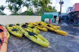 ocean kayaking things to do social distancing