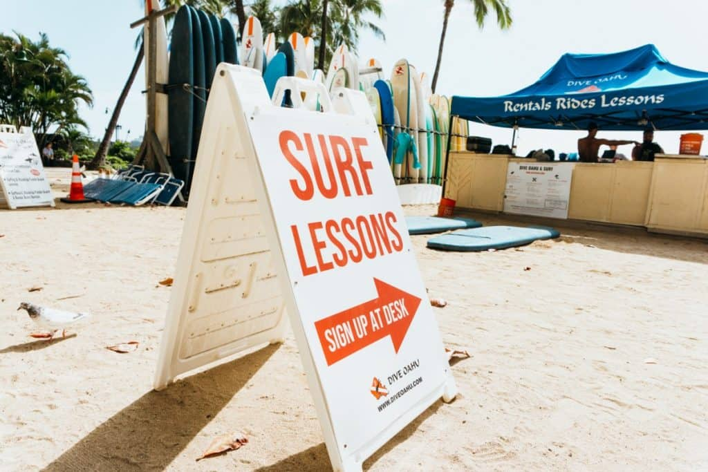 things to do hawaii pandemic surf lessons