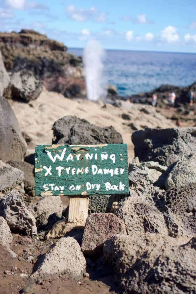 warning safety on Maui Nakalele blowhole