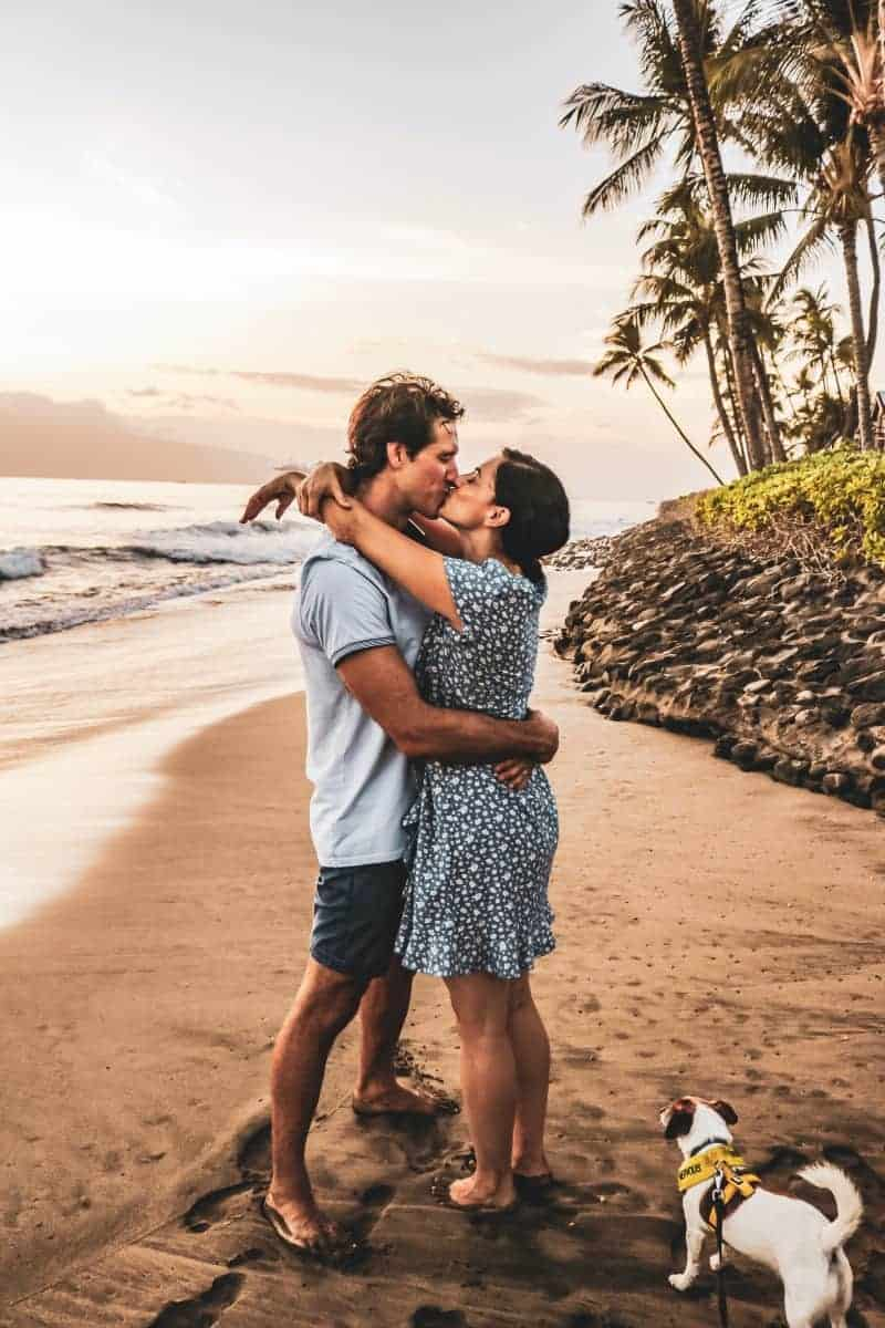 Best Hawaiian Island for Your Honeymoon (plus itinerary & cost)