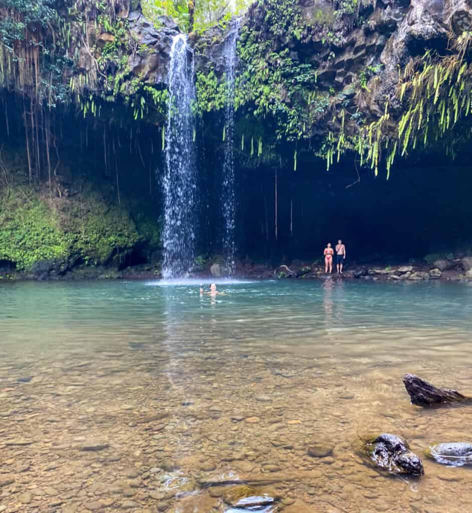 Maui vs Kauai Road to Hana