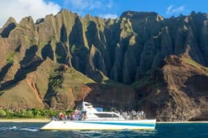 Maui vs Kauai Hiking