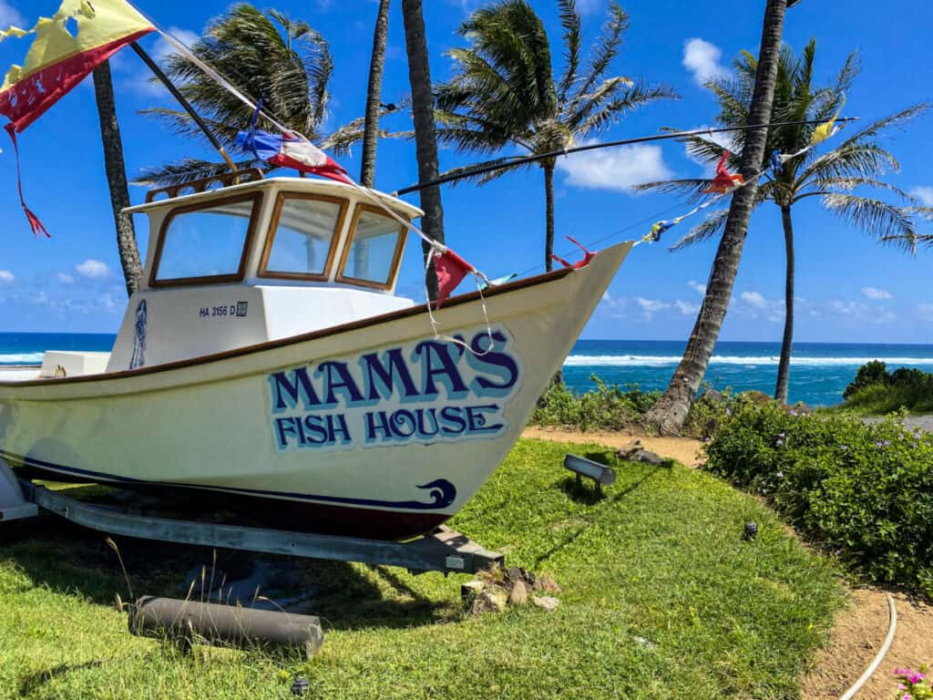 Dinner on the beach Maui Mama's Fish House