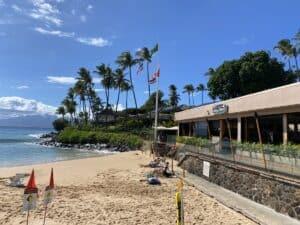 Dinner on the beach Maui