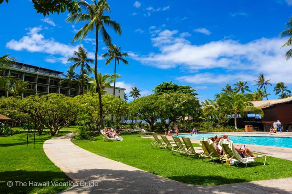 Lahaina hotels and vacation rentals Kaanapali Beach Hotel
