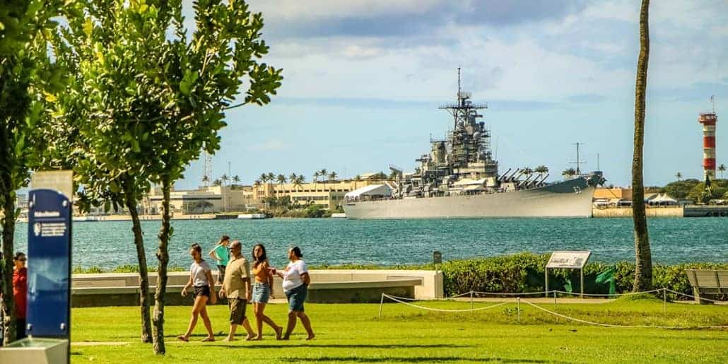Private Guided Oahu Tour Includes Pearl Harbor