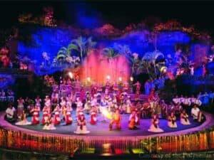 polynesian cultural center luau show